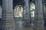carved pillars of jain temple of ranakpur